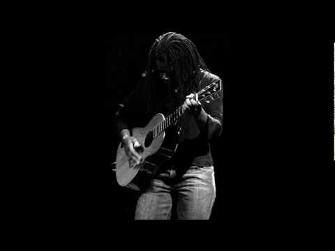 Tracy Chapman - Lovesong (live Portland)