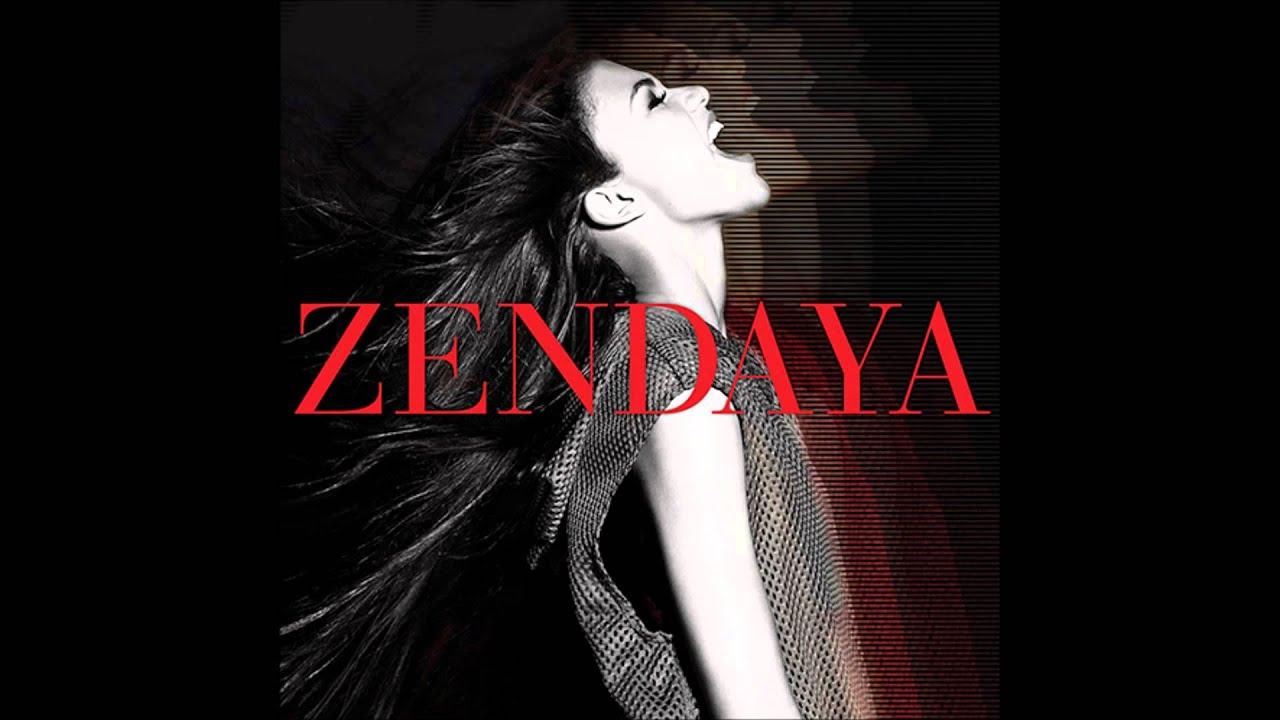 Zendaya parachute