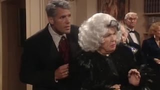 Roseanne S09E07 Satan Darling Absolutely Fabulous Crossover