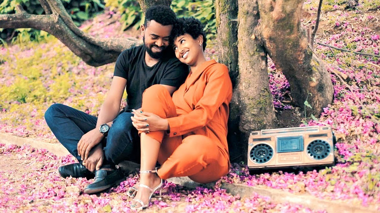 Dawit Senbeta - Honebin Tizita | ሆነብን ትዝታ - New Ethiopian Music 2019 (Official Video)