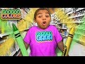 Don't Use Magic While Shopping! (Learn Colors with Goo Goo Mom)