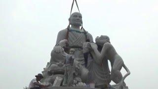 Công đoạn lắp ghép, hoàn tất tượng Thiền sư Vạn Hạnh trên núi Tiêu (