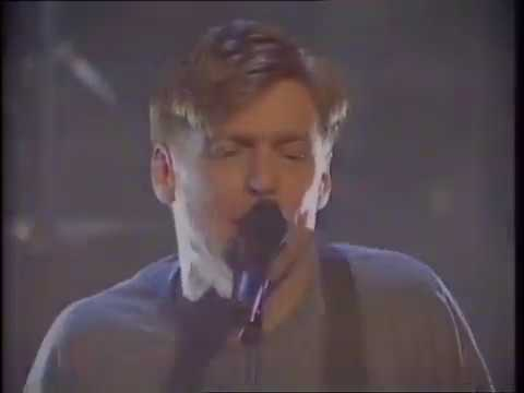 Bryan Adams - All I Want Is You - Top Of The Pops - Thursday 9 July 1992 mp3