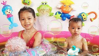 Bath Song, Baby Nursery Rhymes Song for Kids Toys Colors by BaBiBum