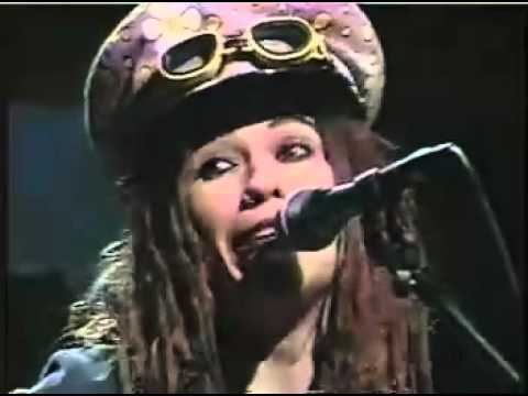 4 non blondes whats up Live In Studio