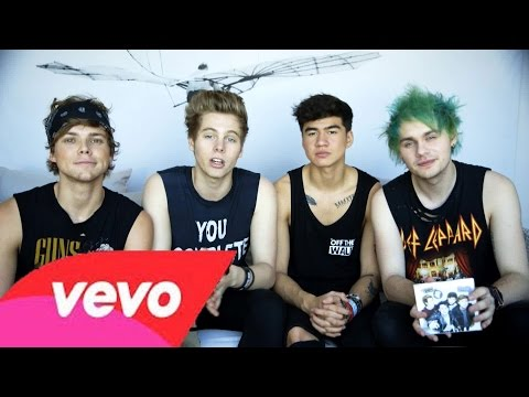 Kiss Me Kiss Me - 5 Seconds of Summer Official Lyric Video