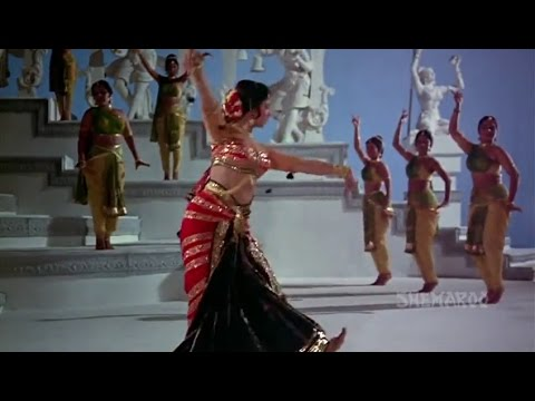 Waheeda Rehman Dance from Guide (Part 1)