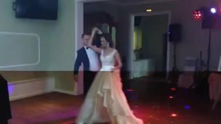 Отличный и простой свадебный танец!
