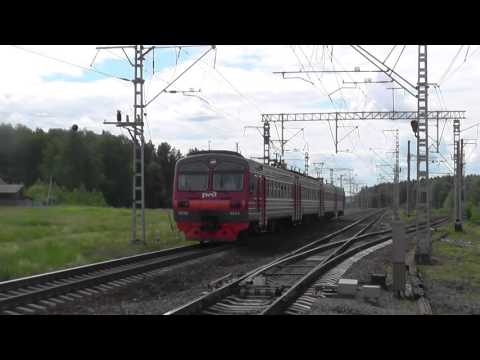 Электропоезд ЭД9М-0054 сообщением Ижевск - Красноуфимск