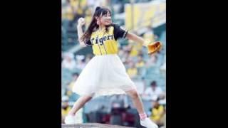 NMB48・薮下柊(17)が27日、阪神―ヤクルト戦(甲子園)のファ...