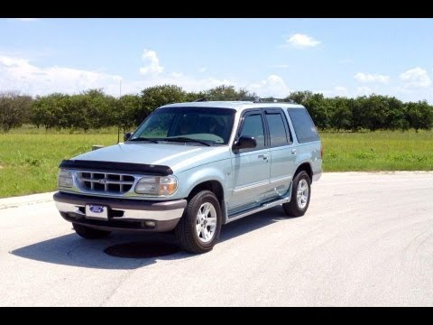 1996 ford explorer xlt 5 0l v8 2wd start up full tour exhaust view test drive 197k youtube. Black Bedroom Furniture Sets. Home Design Ideas
