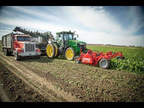 Spudnik Sugar Beet Product Range +John Deere 7200R +John Deere 8310R +Case CVT380