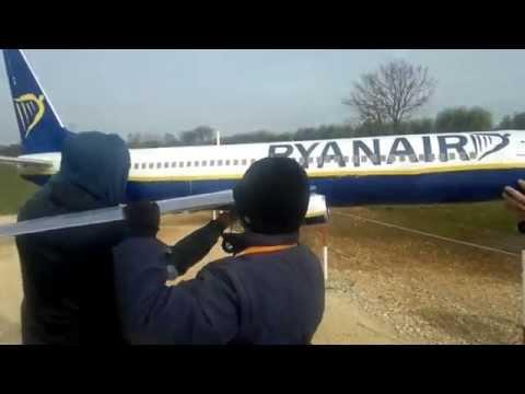 Model Ryanair Boeing 737-800