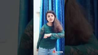 Awesome girl dance on Mujhe Mast Mahol Me Jine De