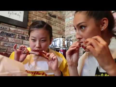 Valerie Sveden from Illinois wins Distinguished Young Women rib-eating contest