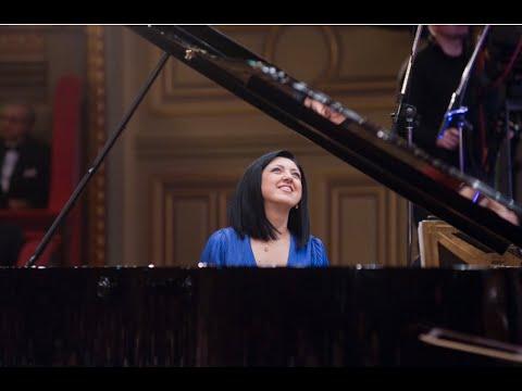 Mozart Piano Concerto no 21/ Alexandra Dariescu