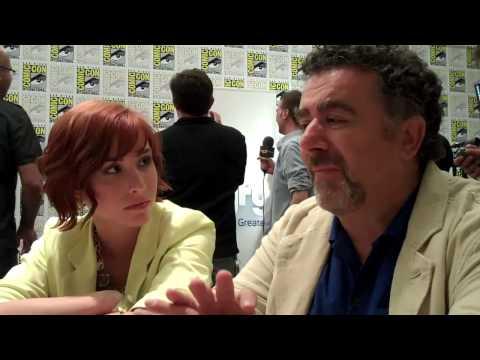Allison Scagliotti & Saul Rubinek Talk Warehouse 13 - TVaholic.com at Comic-Con 2010