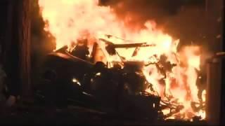видео Возгорание Модели S Tesla во время тест-драйва во Франции