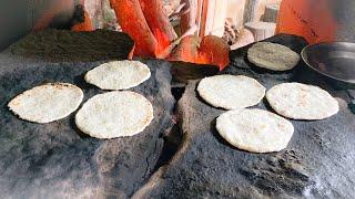 sri lanka food - making ROTI on hot stone