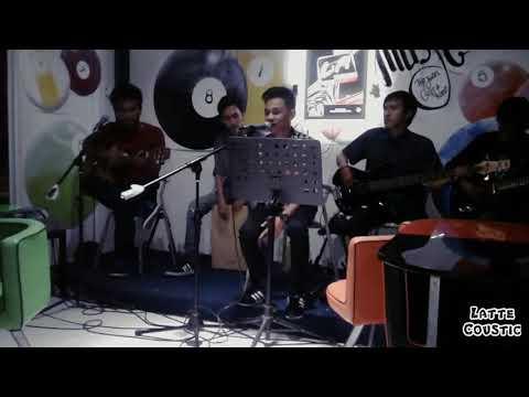 Nice Friday - Bukan Dewa ( Cover Live by Lattecoustic Band )
