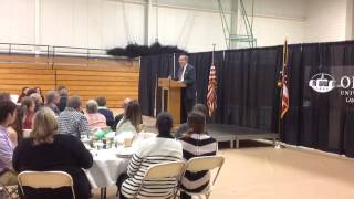 Chuck Stuckey Speaks at OUL Scholarship Banquet