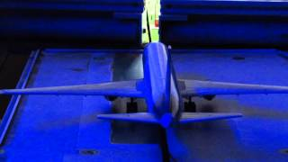 {MINIATUR WUNDERLAND} Behind the Scenes: How the Airport Works! thumbnail