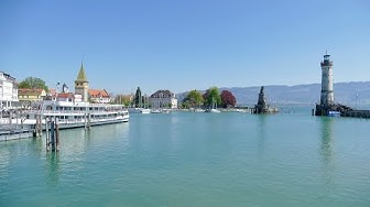Lindau am Bodensee mit dem schönen Hafen und Stadtpark