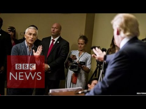 Univision anchor Jorge Ramos kicked out of Donald Trump event - BBC News