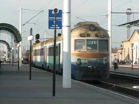 Прибытие поезда Сватово-Купянск-Узловой под ЧМЭ3