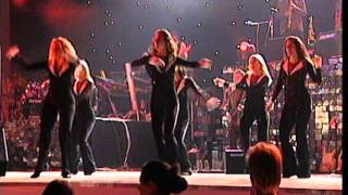 Zdravko Colic - Cini ti se grmi - (LIVE) - (Beogradska Arena 15.10.2005.)