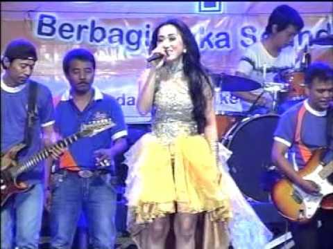 Pacobaning Urip   Voc  Vivi Soraya - OM. SERA Live Balong Panggang Gresik