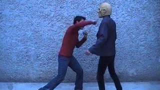 Como defenderse de alguien mas grande / alto / fuerte thumbnail
