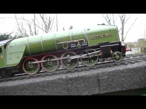 Gauge 1 LNER A1 Tornado intruducing the P2 Cock O' the North