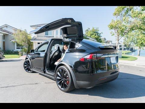 Crazy Tesla Model X Tech Features