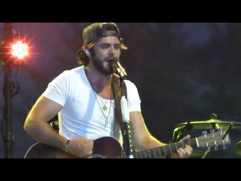 "Thomas Rhett - ""Round Here"" (Acoustic) {FGL} Live 2014 WI"