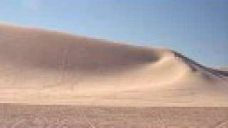 Booming Sands