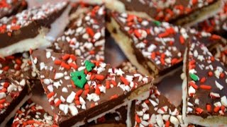 Peppermint Chocolate Chip Cookie Bark: Perfect Christmas Food Gift!!