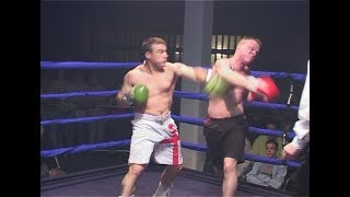 Classic Unlicensed Boxing - Steve Heaton v Darren Clarke - One Round Massacre!