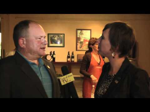 Master Sommelier Joseph Spellman Chats with Lindsay Pomeroy after Blind Tasting Session