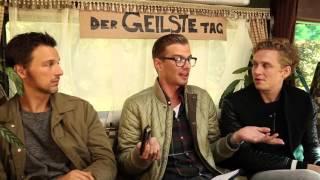 Video Joko Winterscheidt rastet total beim Interview mit Matthias Schweighöfer und Florian David Fitz aus download MP3, 3GP, MP4, WEBM, AVI, FLV Oktober 2018