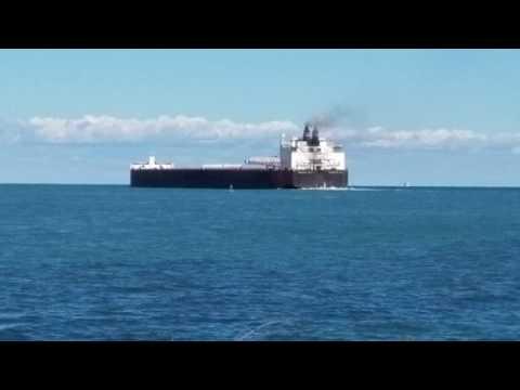 American Spirit - 1000 ft. Bulk Carrier Great Lakes freighter