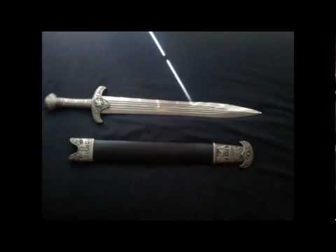 GREEK VS ROMAN SWORDS