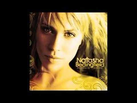 Клип Natasha Bedingfield - Not Givin' Up