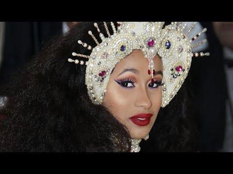 Nicki Minaj Disses Cardi B At Met Gala 2018 | Hollywoodlife
