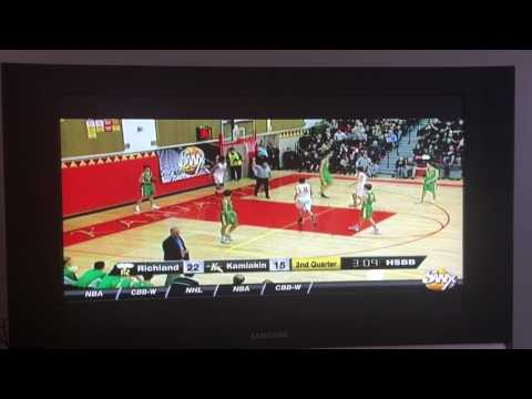 """Isaiah Brimmer dunk on 7'3"""" Riley Sorn"""