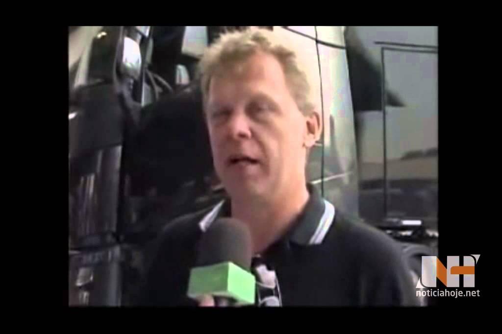 Roger Alm, presidente da Volvo, é o...