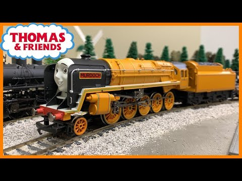 Thomas & Friends Murdoch OO Gauge Pulling Freight Train