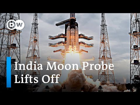 India moon probe Chandrayaan 2 launches into space | DW News