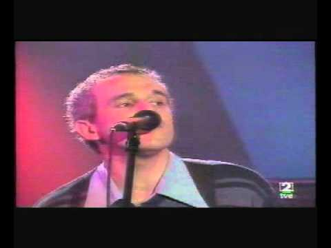 THE YELLOW MELODIES - (1.) Stupid girl (Los Conciertos de Radio 3 - TVE 2) (29-11-2000).avi