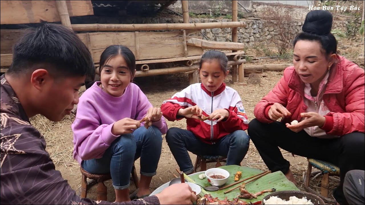 Thử Thách Làm Món Cá Chiên Siêu Cay | Hoa Ban Tây Bắc